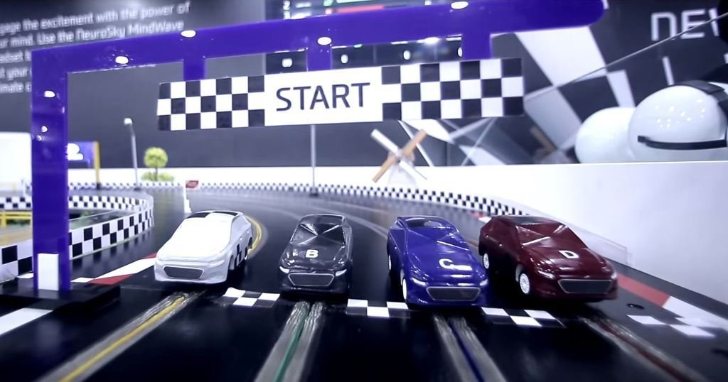 Latest Hyundai Displays Mind Controlled Slot Car Racing At Auto Expo The News Wheel Free Download
