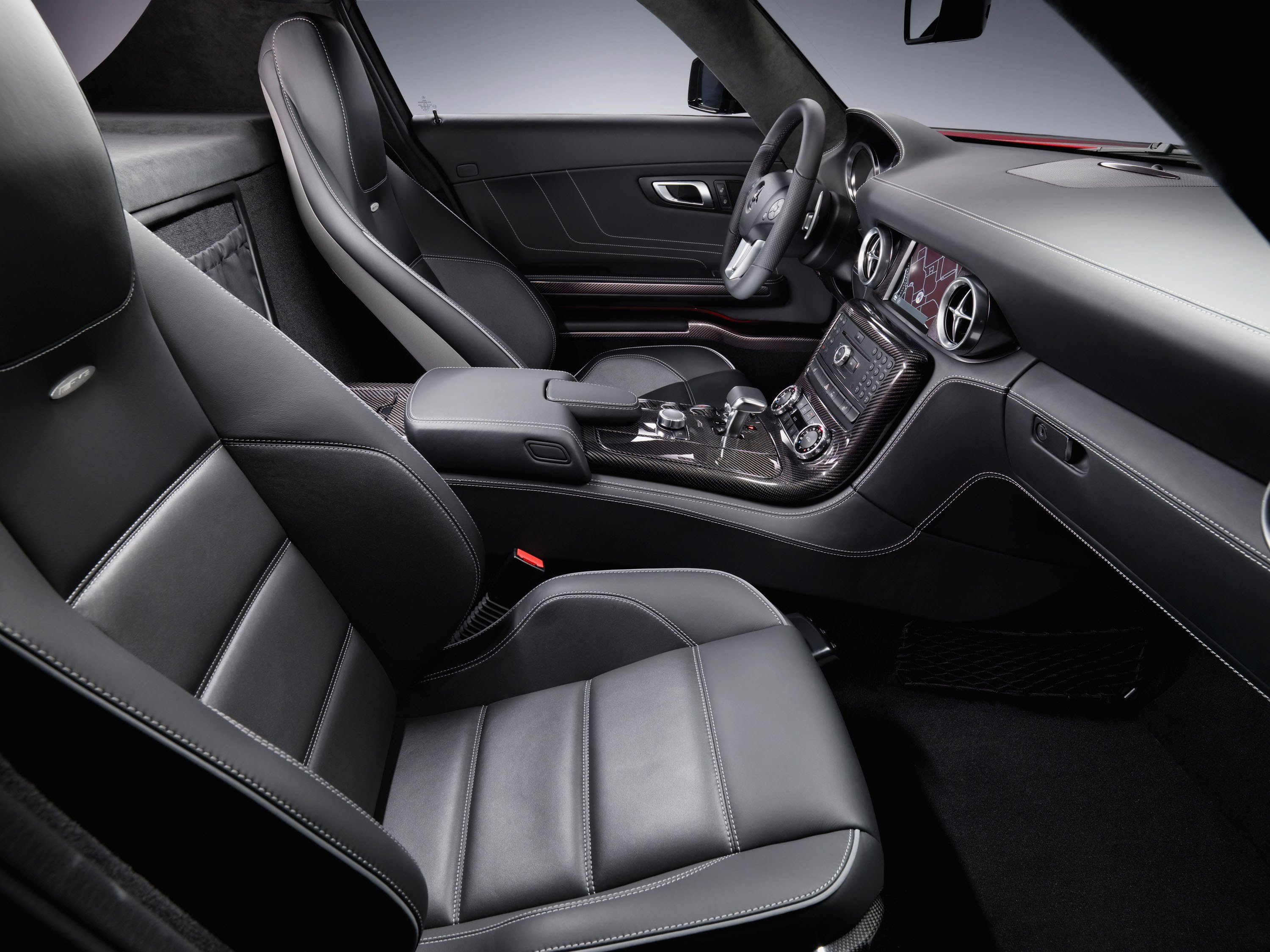 Latest The Interior Of The Mercedes Benz Sls Amg Free Download