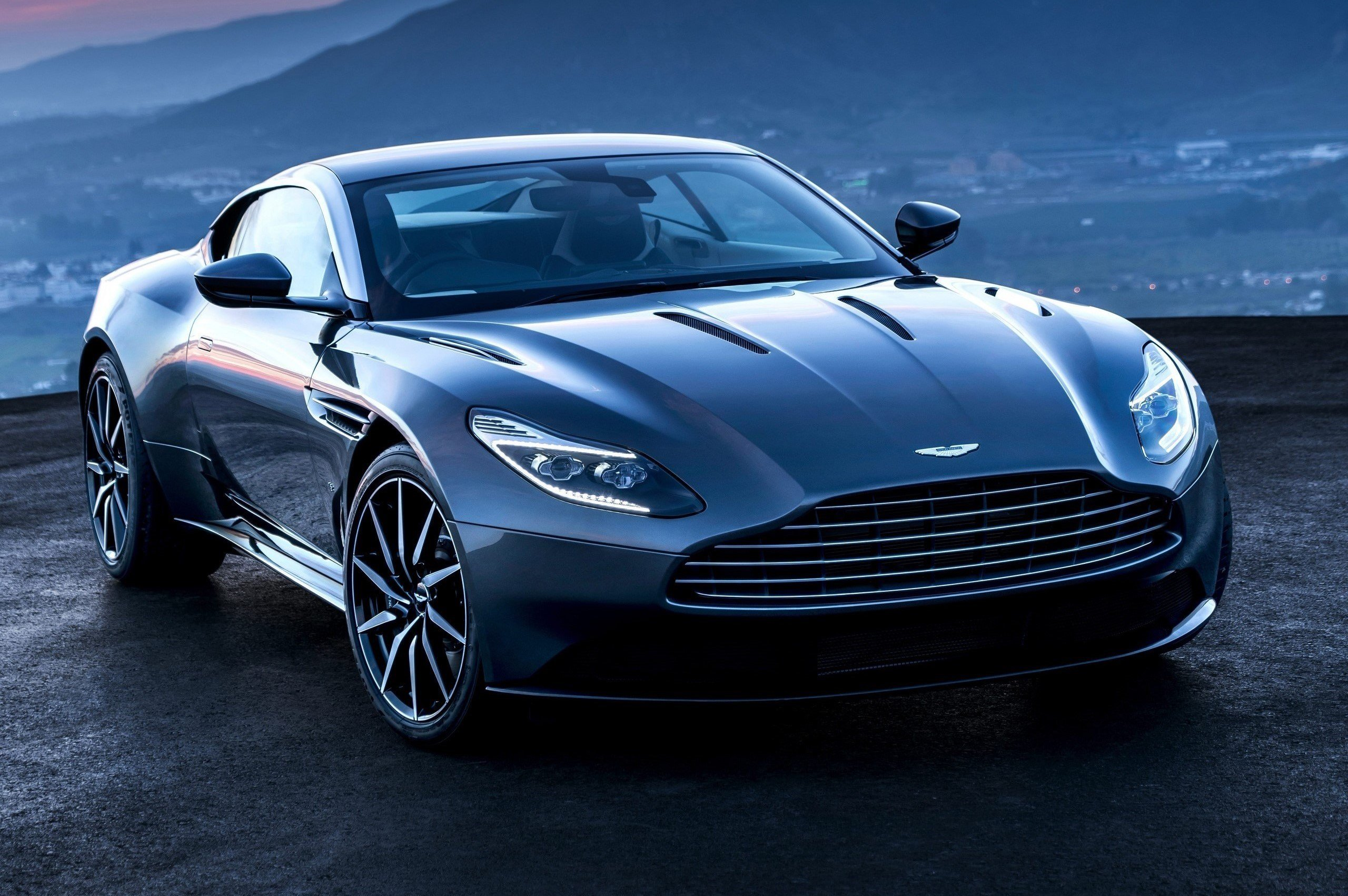Latest Aston Martin Db11 Sports Car Is Gorgeous Powerful And Free Download
