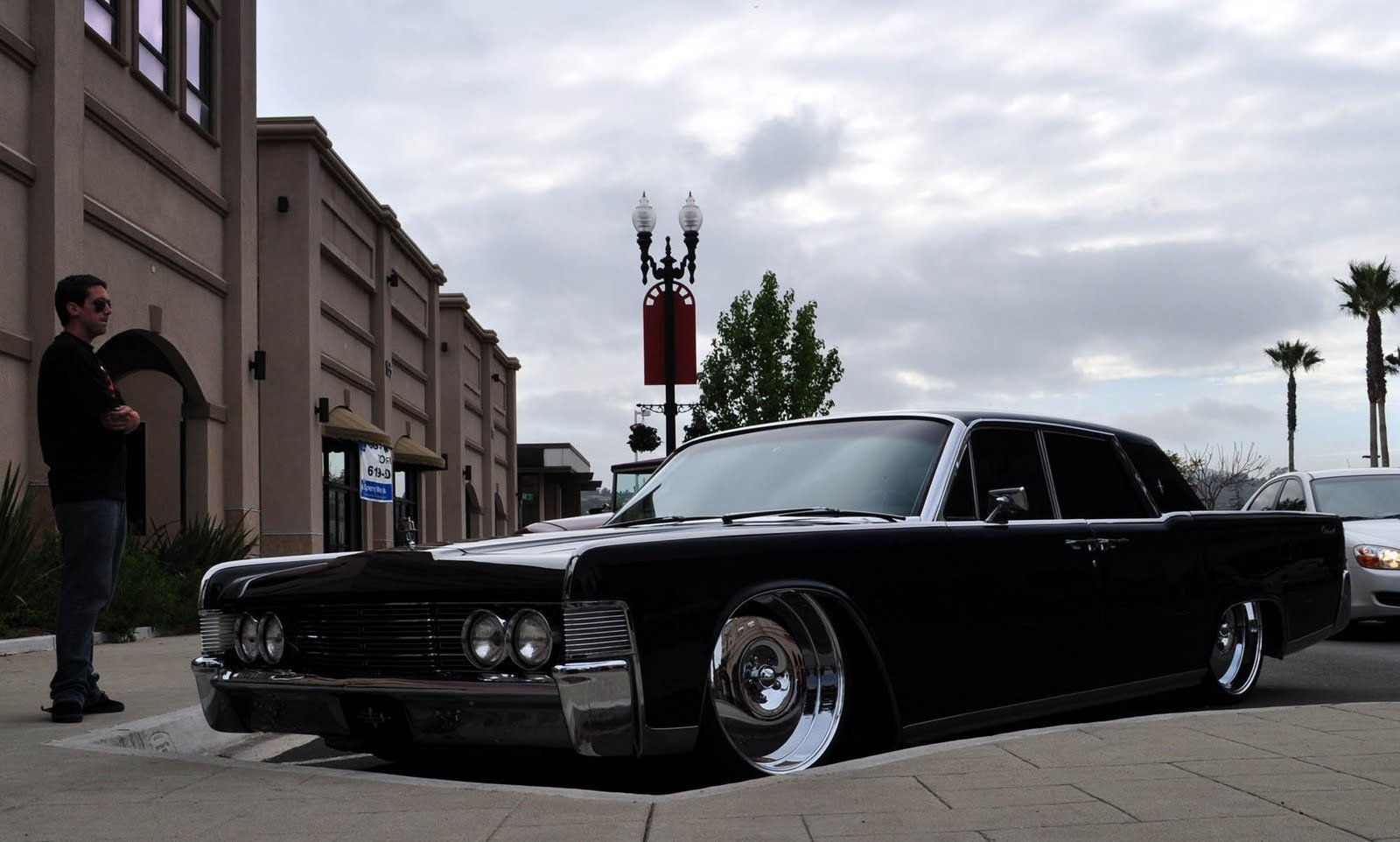 Latest Black Car Lincoln Continental Wallpaper Wide 14213 Free Download