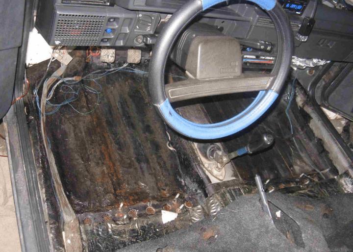Как определить автомобиль утопленник