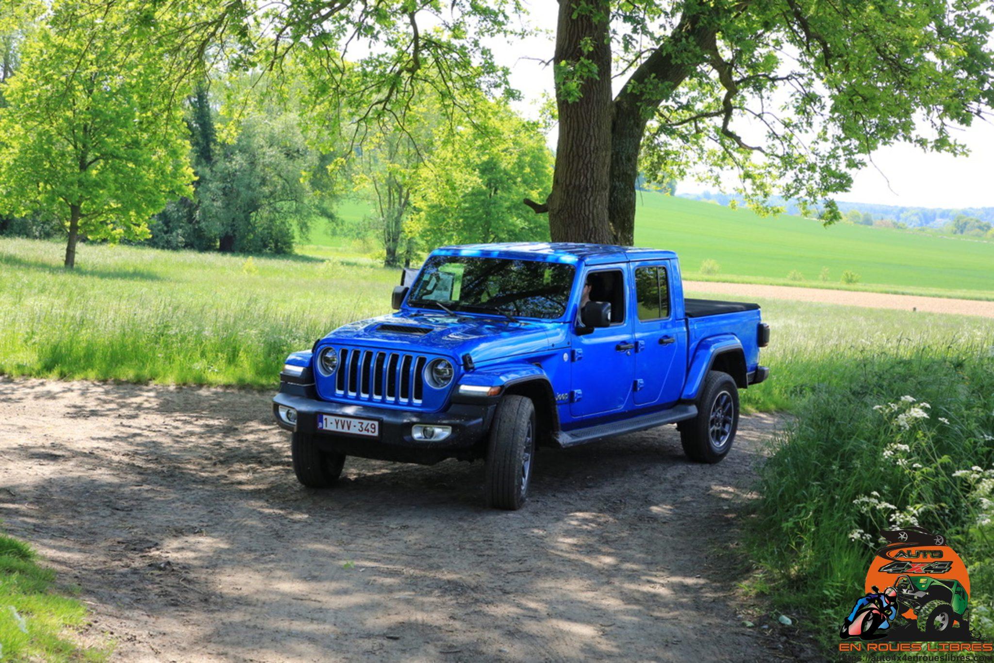 Jeep pick up