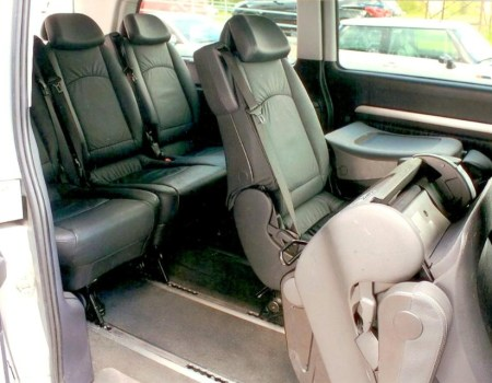 Autobusu noma, bus rent – MB VIANO interior