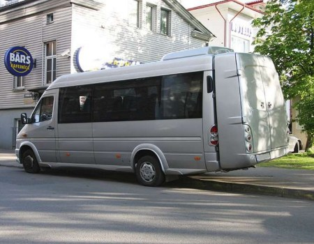 Autobusa noma, bus rent – Mercedes Benz  SPRINTER, ski/ luggage box