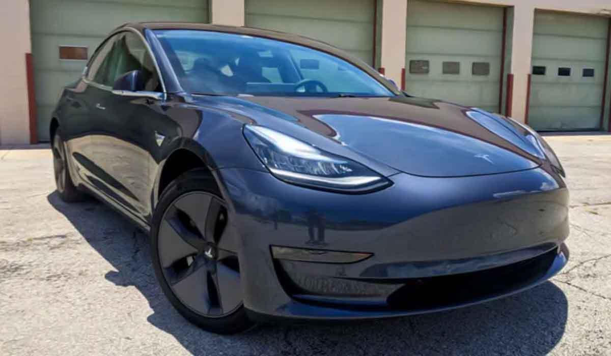 2023 Tesla Model 3