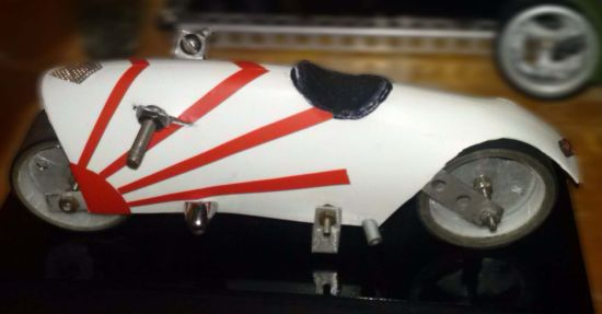 Scale souvenir motorbike models 12