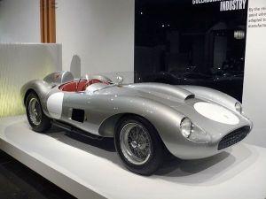 Ferrari_250_Testa_Rossa_1957
