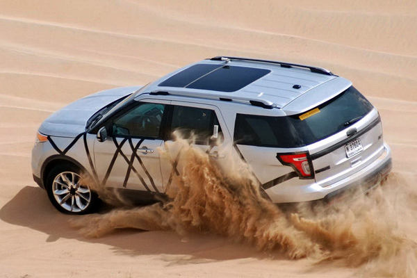 2011-Ford-Explorer-Dubai-Testing-19