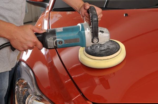waxing your car (5)