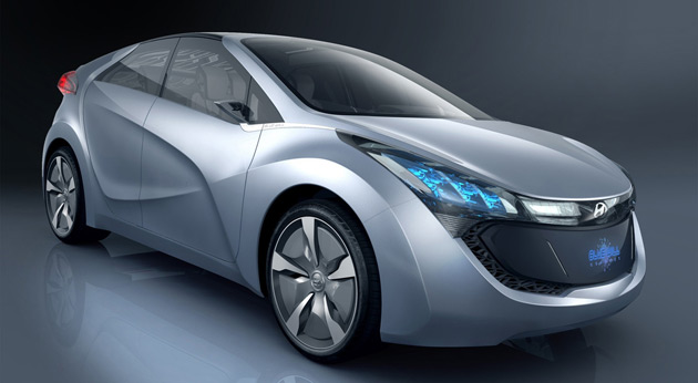 2009_hyundai_hnd_4_blue_will_plug_in_hybrid_concept_main630_03-0402-630x360