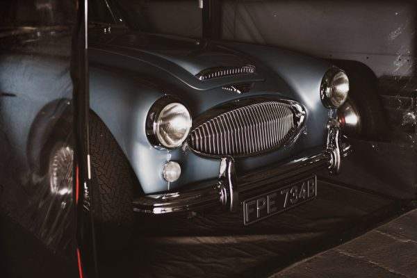 How to Prepare Your classic car for long term storage