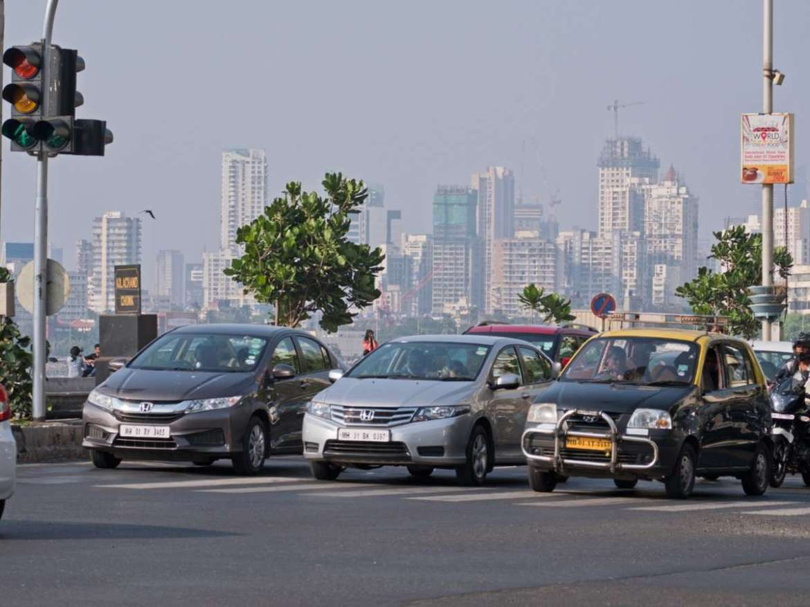Passenger vehicle sales surge 14.19% in October: SIAM