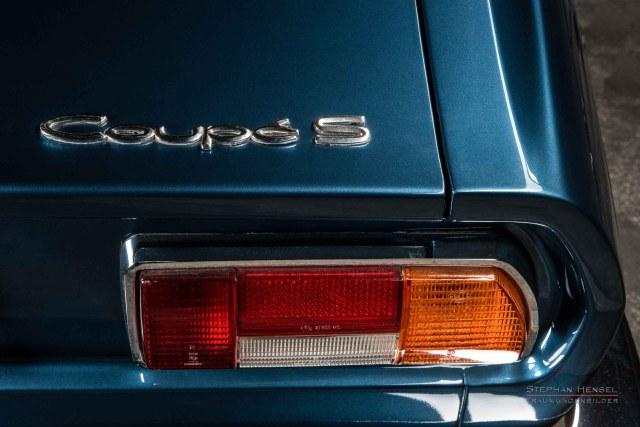 Audi100 Coupé S, Detailansicht Heck, rechts, Automobilfotografie: Stephan Hensel, Hamburg