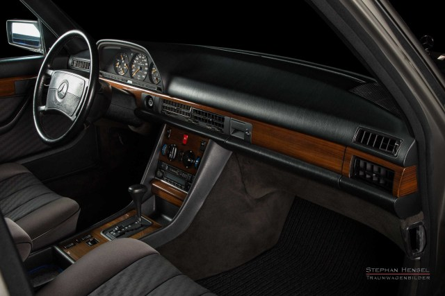 Mercedes-Benz 300 SE, Innenansicht, im Studio des Hamburger Automobilfotografen Stephan Hensel