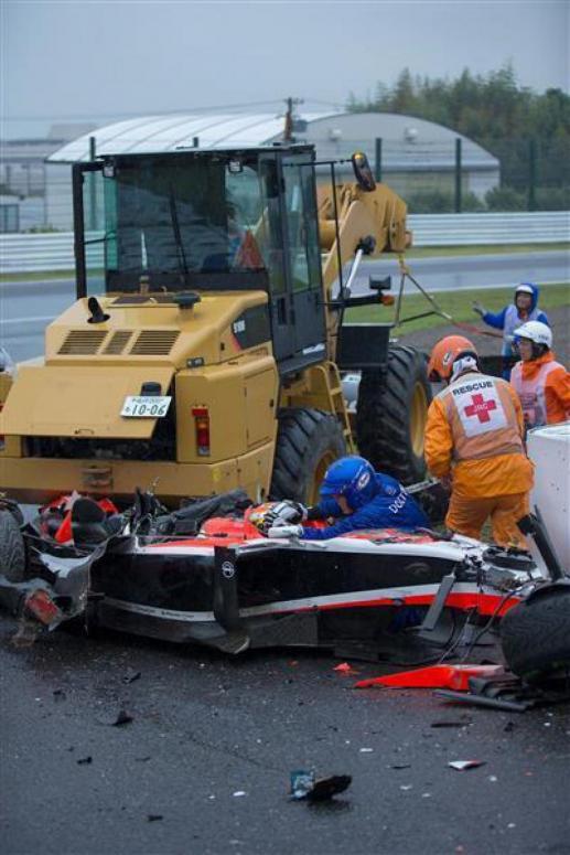 jules-bianchi-crash-grand-prix-suzuka-f1jpg_small