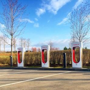 В России установлена первая зарядная станция Tesla Supercharger
