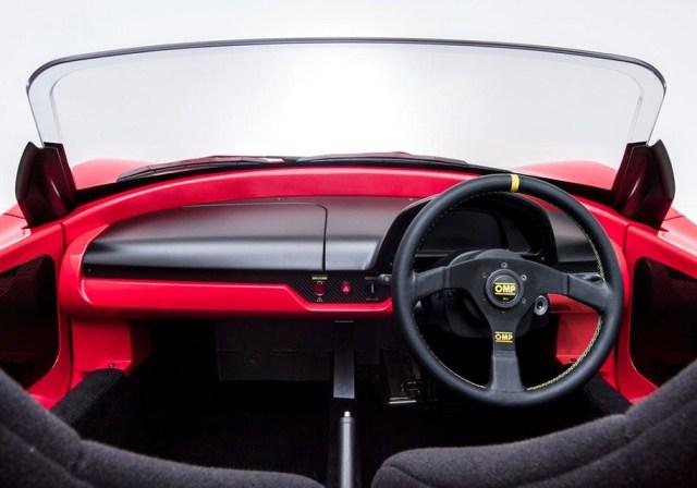 Японское тюнинг-ателье сделало электрический спорткар Tommykaira ZZ в 200 раз прочнее