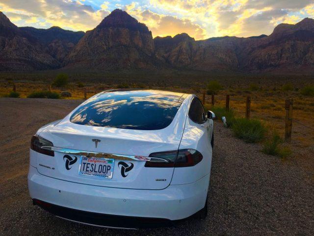 Американцы проехали 300 000 миль на Tesla Model S и вот что из этого вышло