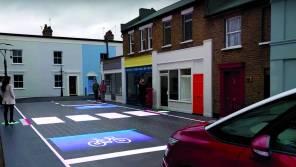 """В Британии создали """"умную"""" дорогу с LED-подсветкой и обнаружением пешеходов"""