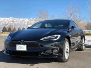 Tesla Model S стал самым быстрым бронированным автомобилем в мире