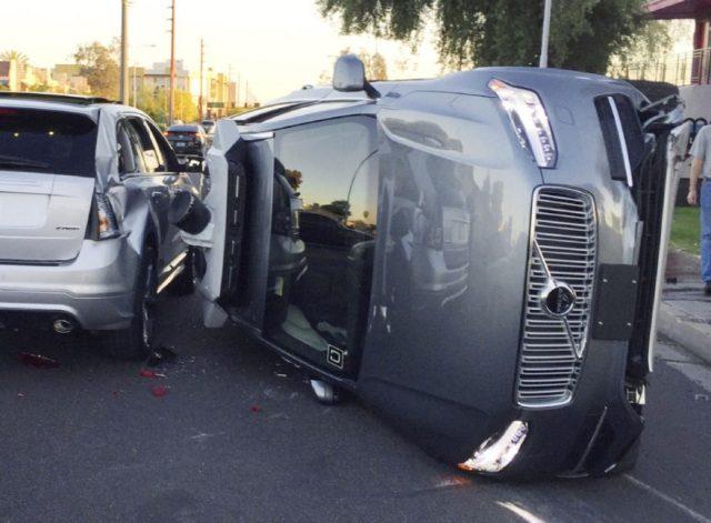 New York Times: у Uber были проблемы с автопилотом до аварии
