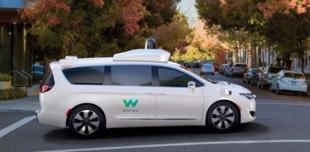Видео дня: Waymo показали работу автопилота в действии на 360-градусном ролике