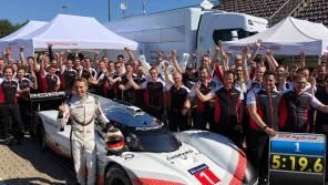 Гибридный Porsche 919 Hybrid Evo побил 35-летний рекорд Нюрбургринга