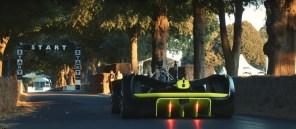 Видео дня: электроболид Roborace стал первым в мире беспилотником, проехавшим по треку Фестиваля скорости в Гудвуде