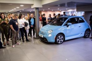 В Одессе открылся первый салон заряжаемых автомобилей EcoFactor HUB