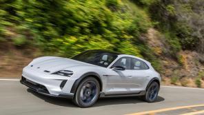 Porsche запускает в серийное производство электрический универсал Mission E Cross Turismo
