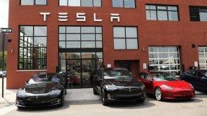 Проще некуда: электромобилями Tesla можно будет управлять через смартфон
