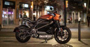 Harley-Davidson представил свой первый серийный электромотоцикл: все фишки байка LiveWire