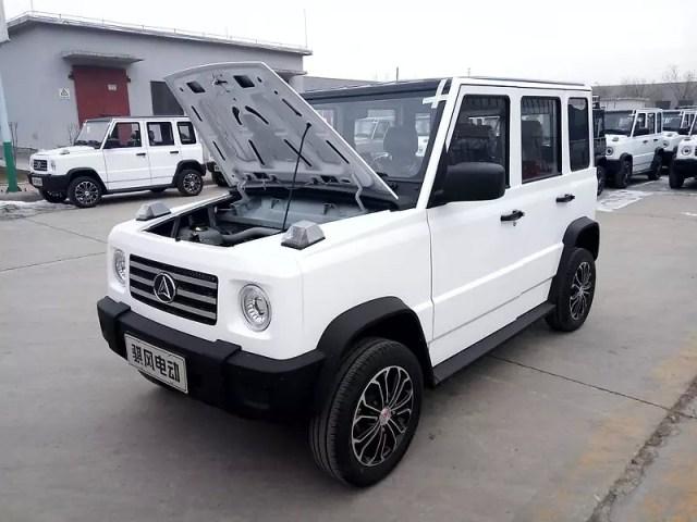 От  000: Электрический клон Mercedes из Китая доехал до Украины