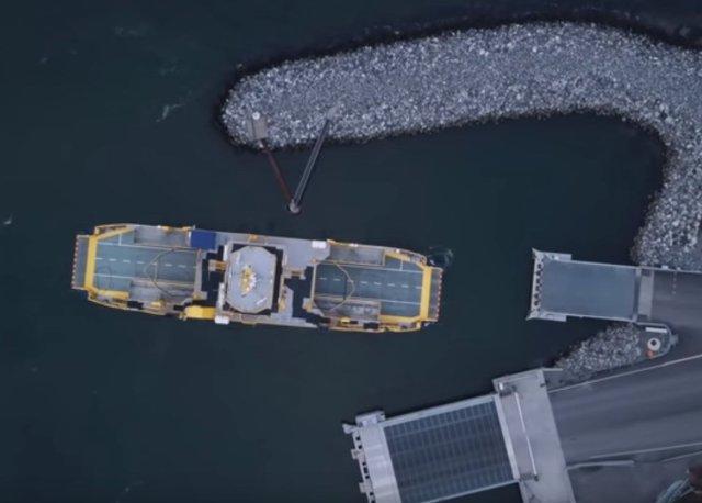Корабль без капитана: Rolls-Royce спустил на воду первый в мире беспилотный паром