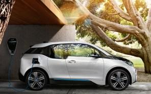 """""""Зеленый тариф"""" для электромобилей: в Украине авто смогут отдавать энергию в сеть"""