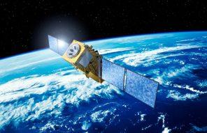 Китай намерен заряжать электромобили из космоса: как это будет работать