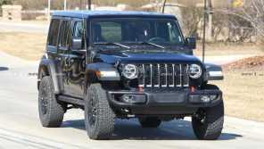 Jeep Wrangler уже оснастили электромотором: появились шпионские фото