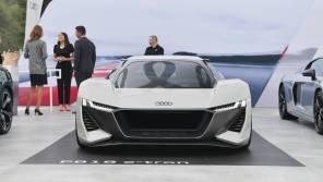 В линейке спорткаров Audi замена: электрический E-Tron GTR вместо R8