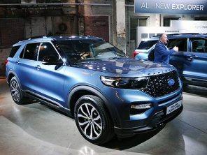 Ford представил Explorer Plug-In Hybrid: 7 мест и 40 км на электротяге