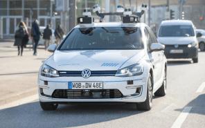 Volkswagen начал тестировать автопилот 4-го уровня на электромобилях e-Golf