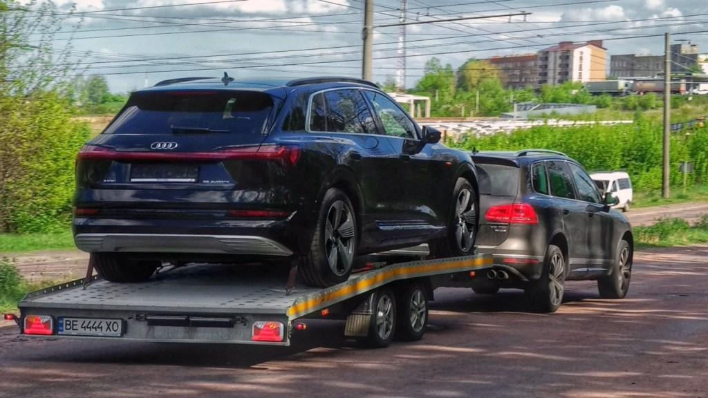 Первые электрокроссоверы Audi e-tron уже заехали в Украину