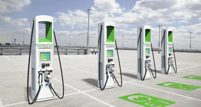 Две крупнейшие сети электрозаправок в США объявили о сотрудничестве
