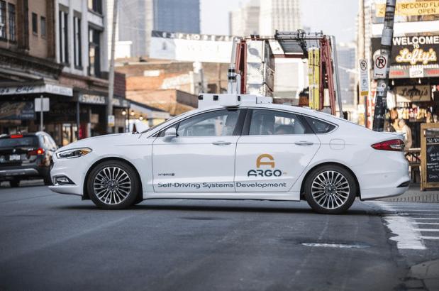 Ford и Volkswagen будут вместе работать над беспилотными авто: достигнуто соглашение