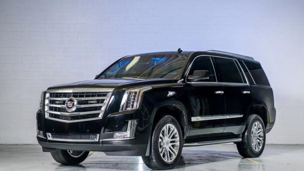 Новый Cadillac Escalade будет иметь полностью электрическую версию 01