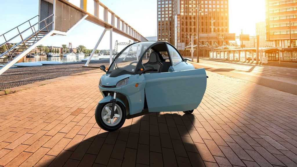 Необычный мото-автомобиль Carver One сделают электрическим: в чем прикол
