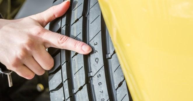 Це повинен знати кожен водій: 7 правил безпечного керування в осінній сезон