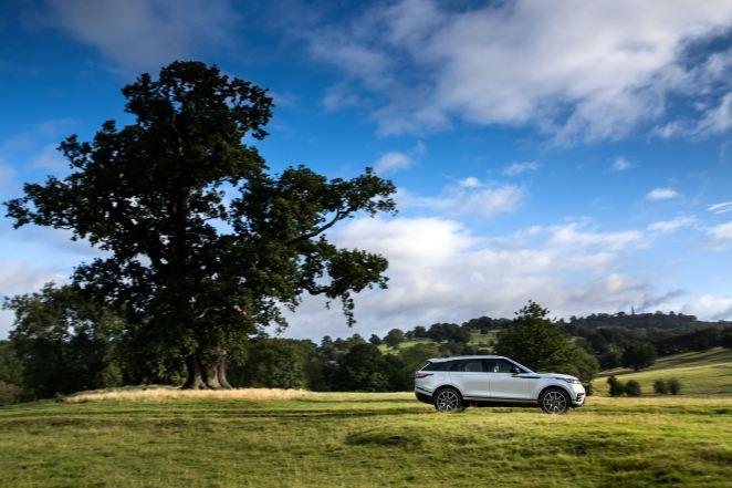 Буде доступний в Україні: плагін-гібридний Range Rover Velar долатиме більше 50 км на електриці