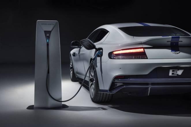"""Електромобільний """"феєрверк"""": Aston Martin електрифікує весь модельний ряд за три роки"""