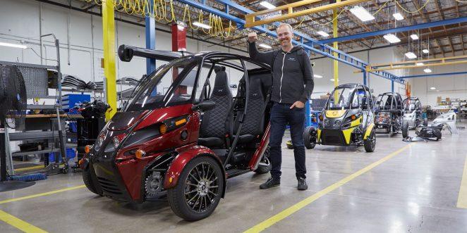 Ілон Маск потрапив в аварію на електромобілі: це приховували більше року