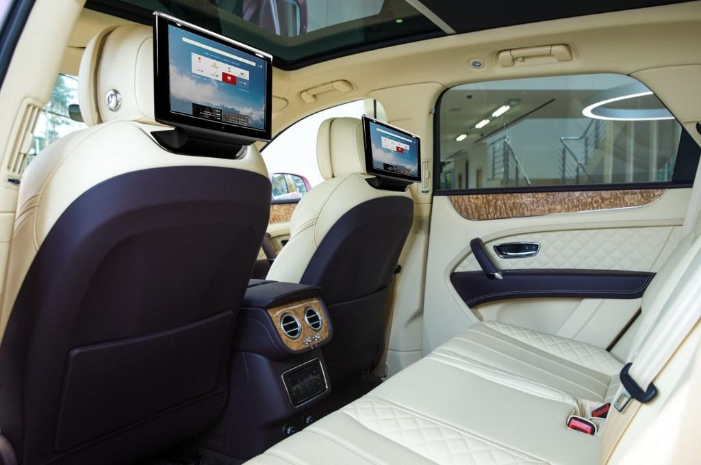 Монитор на сидение Bentley дизайн А8